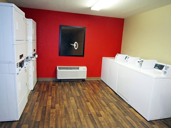 Temple Terrace, Флорида: On-Premise Guest Laundry