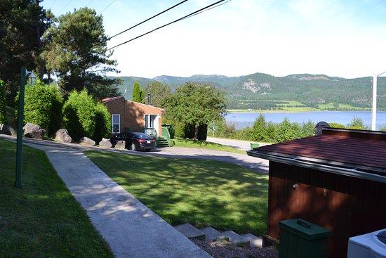 L'Anse-Saint-Jean, Canada: Chalet n°1 depuis la piscine / spa