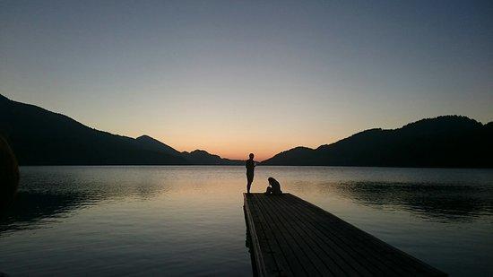 富修湖畔照片