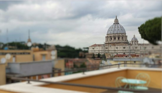 Terrazza Con Vista San Pietro Per La Colazione Il Massimo