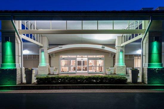South Kingstown, RI: Hotel Exterior