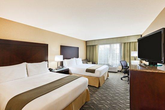 Morgan Hill, Califórnia: Two Queen Bed Guest Room