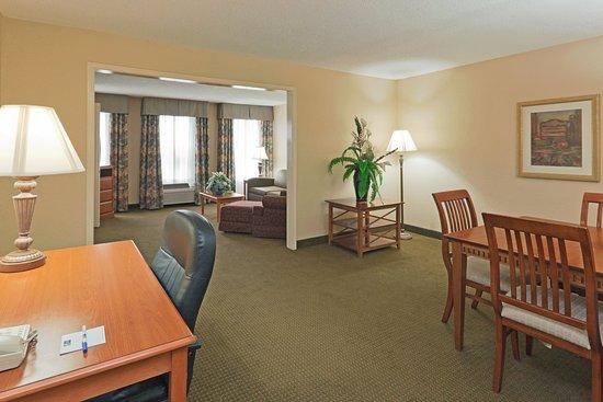 Fultondale, AL: Executive Suite
