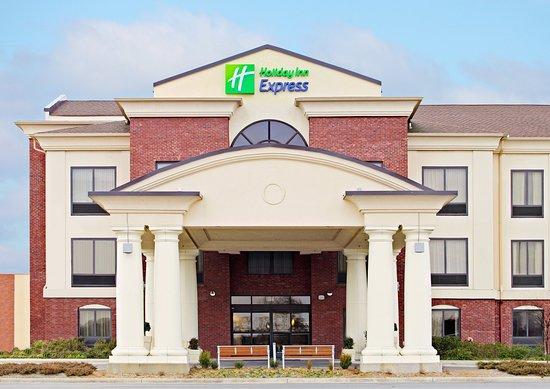 Pine Bluff, AR: Entrance