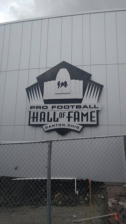 Pro Football Hall of Fame: 0501161303_large.jpg
