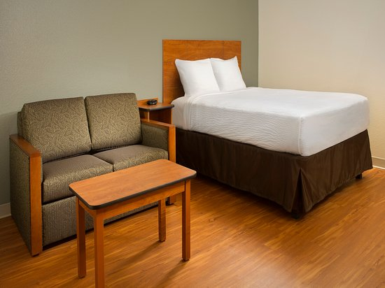 WoodSpring Suites Akron