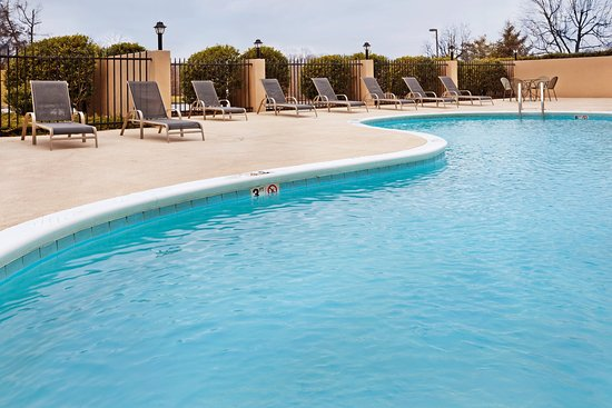 Johnson City, TN: Swimming Pool
