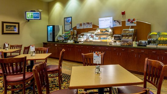 Grass Valley, CA: Join us for breakfast at the breakfast bar