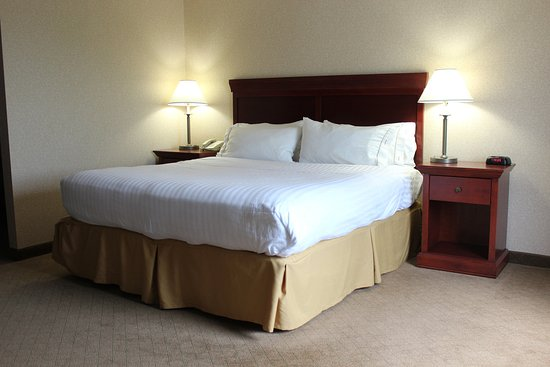 """Wilmington, OH: This is a """"Suite"""" room for a sweet night!"""