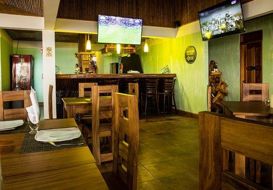 Jaco Laguna Resort & Beach Club: Breakers restaurant with A/C
