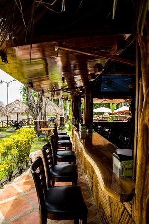 Jaco Laguna Resort & Beach Club: beachfront TikiBar
