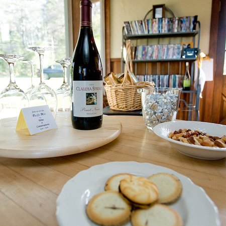Little River, CA: Complimentary Wine Hour