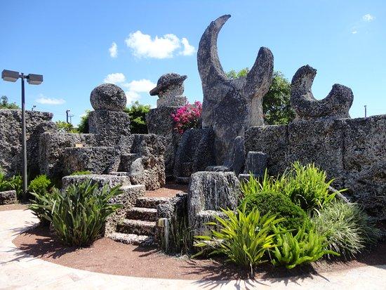 Homestead, FL: Coral Castle