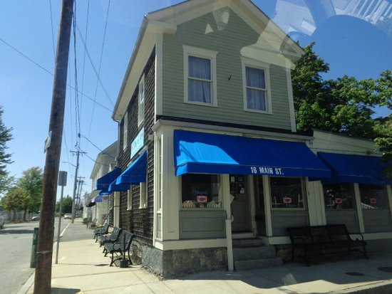 Fairhaven, MA: Exterior of Margaret's