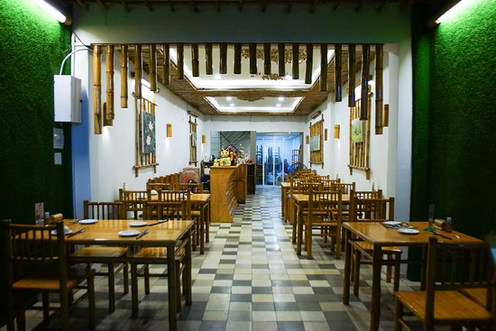 Huong Sen Vegetarian Restaurant with Bamboo decoration