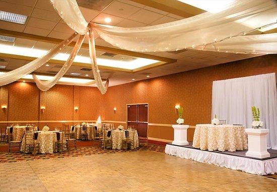 มอนโรเวีย, แคลิฟอร์เนีย: Grand Ballroom