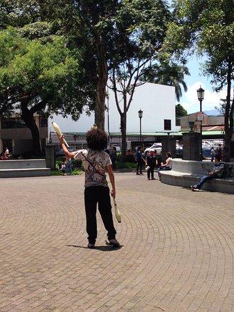 Столичный регион Сан-Хосе, Коста-Рика: Juggler