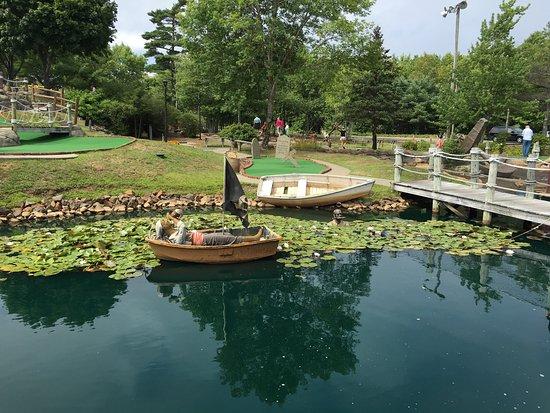 Pirate's Cove Miniature Golf: photo3.jpg