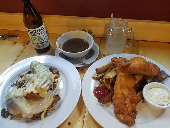 Londonderry, Nueva Hampshire: Crazy Cordon Blue, Fish & Chips and French Onoin Soup