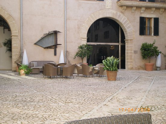 Hilton Sa Torre Mallorca: Den indre gård