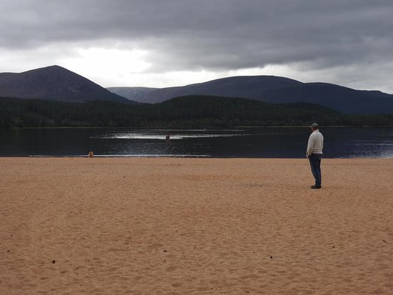 Aviemore, UK: On looking into the water