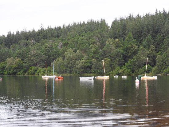 Aviemore, UK: boats on water