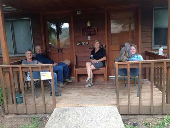 Sylvan Dale Guest Ranch: Relaxing on the porch