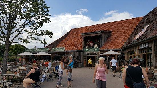 Rugen Island (เกาะรือเกน), เยอรมนี: Der Hof