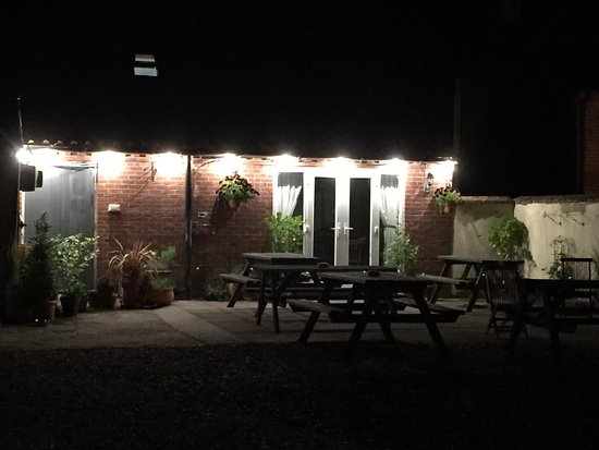 Dereham, UK: New plantage and lights 👍