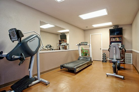 Roanoke, TX: Fitness Room