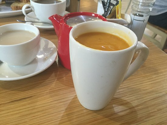 Linlithgow, UK: Mug of soup (side)