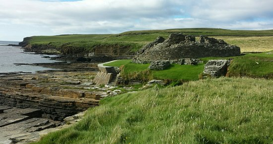 Rousay, UK: Midhowe Chambered Cairn