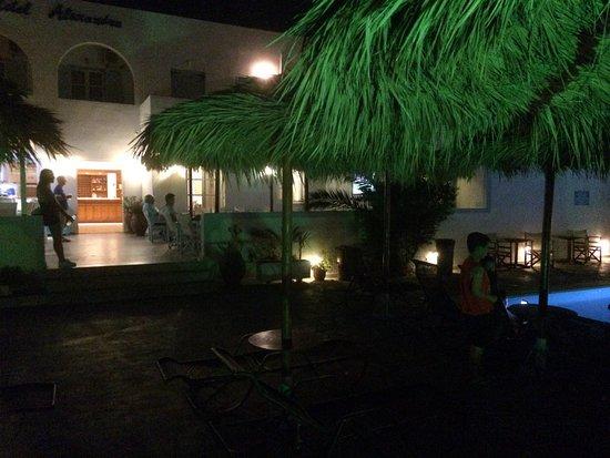 Alexandra Hotel: photo0.jpg