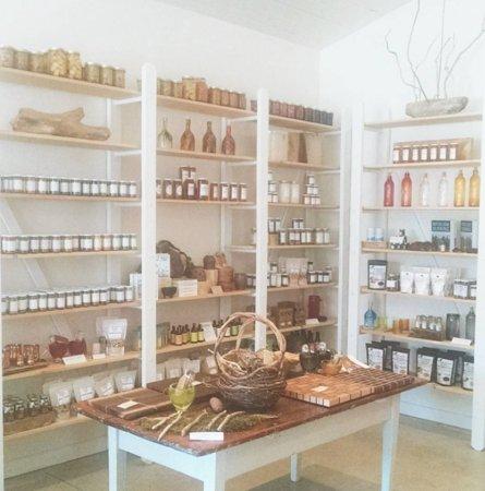 พอร์ตสแตนลีย์, แคนาดา: Farm-to-shelf products & food