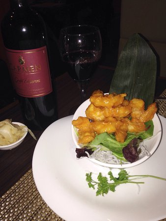 Wall Township, NJ: I tried the spicy rock shrimp for the first time, it was excellent! Fried in a  tempura batter b