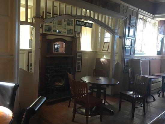 Prestonpans, UK: The Snug in the Bar