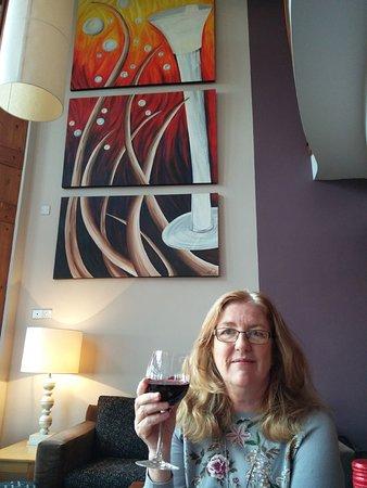 Athlone, Ιρλανδία: Wineport Lodge, The Restaurant, pre dinner drink in the bar