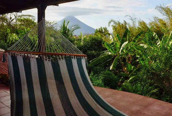 Balgue, Nicaragua: Put up your feet and experience the incredible volcano and lake views
