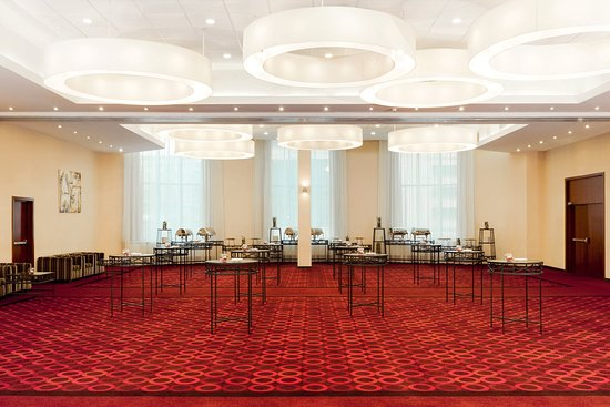 Holiday inn moscow lesnaya sheer sized grand ball room is a perfect
