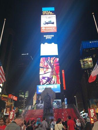 Times Square Visitors Center: photo1.jpg