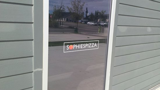 Airdrie, كندا: Sophies Pizza Airdrie