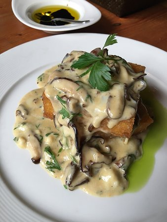 La Conner, WA: Pricey, but very good food