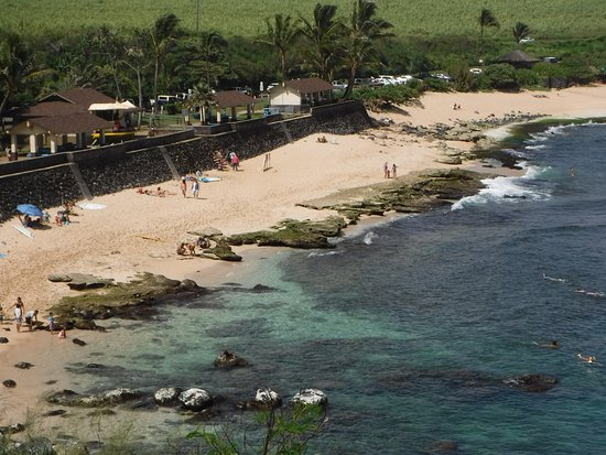 Paia, HI: Ho'okipa Beach from overlook