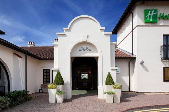 Holiday Inn Birmingham-Bromsgrove Front Entrance