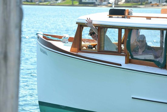 Harbor Springs, Мичиган: The Pointer Boat