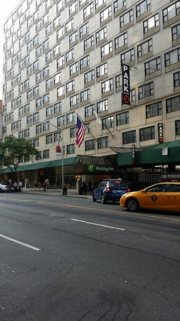 Holiday Inn Midtown / 57th St: 20160825_075330_large.jpg