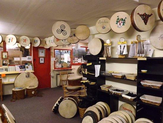 Roundstone Music & Crafts