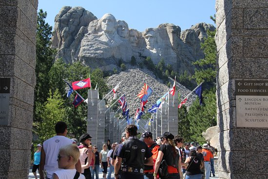 Mt. Rushmore Black Hills Gold Factory Tour Photo