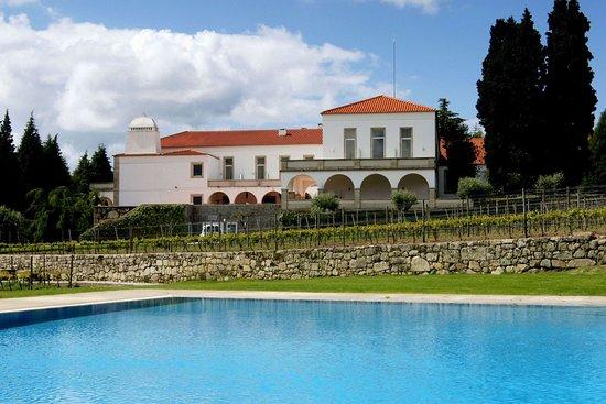 Vila Pouca da Beira, Portekiz: Exterior
