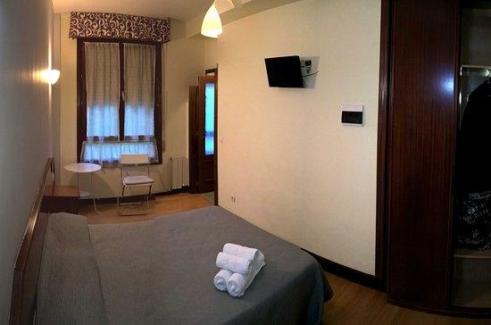 la salve h tel bilbao espagne voir les tarifs 8 avis et 30 photos. Black Bedroom Furniture Sets. Home Design Ideas